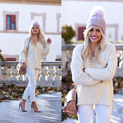 Eleonora Petrella - Chicwish White Sweater - White look: Yay or Nay?