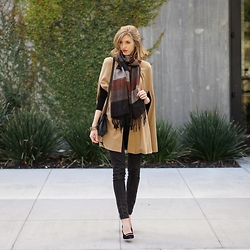 Lindsey -  - Cape Coat