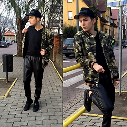 Mateusz K. - River Island Jacked, Zara Pants, Puma Shoes - Oxygen