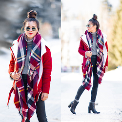 Sarah -  - Snow Day Style Essentials: Shearling Jacket + Plaid Scarf