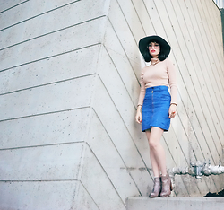 Amy Roiland - Voyage Skirt - Higher than ever //