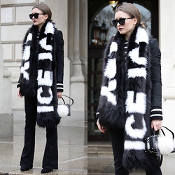 Livia Auer - River Island Faux Fur Scarf, First And I Bootcut Jeans, Le Specs Half Moon Magic Sunglasses - Statement Scarf