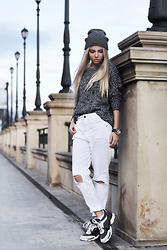 Krist Elle - Yoins.Com White Ripped Knee Jeans, Dresslink.Com Grey Knitted Sweater, Dresslink.Com Gray Beanie Hat, Janestone.Com 3pcs Set Of Silver Color Rings - Sweater And Jeans