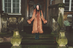 Muzzy Stardust - Keep Fashion Weird Vintage Almost Famous Ginger Shearling Mongolian Fur Coat, Miista Emi Over The Knee Boots - Almost Famous