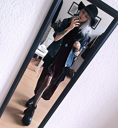 Kimi Peri - Esprit Denim Jacket, H&M Burguny Dress, H&M Lace Tights, Ebay Platform Buckle Boots, Dresslink Black Hooded Cape Cardigan, H&M Witchy Hat, Second Hand Turquoise Stone Pendant, Weekday Loop Scarf - Burgundy, Lace & Roses