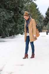 Amber Wilkerson - H&M Bandana Scarf, Top Shop Camel Coat, Top Shop Distressed Denim, Guess Pointy Toed Booties - The Perfect Camel Coat For Winter