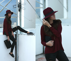 Ksenia Radi - Aldo Hat, Levi's® Jeans, Mango Sweater, Converse Shoes, Mido Watch, Topbeauty Clutch - Good Aged Wine