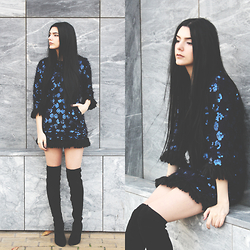 CLAUDIA Holynights - Chic Wish Sequins Fluffy Dress, Ego Over The Knee Boots - B l u e
