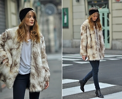 PATINESS -  - OVERSIZED FAUX FUR COAT