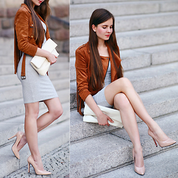 Ariadna M. - Grey Dress, Brown Suede Jacket - Simple