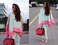 Surbhi Suri - Stalk Buy Love Cape Top, Celine Tote Bag, Platinum Mall Bangkok Pumps, Denim Jeans, Asos Sunglasses - Mint On Mint