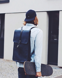 Richy Koll - Zara Jeans, H&M Shirt, Rains Backpack, Obey Cap - SORRY! the lifestyle what you ordered is out of stock