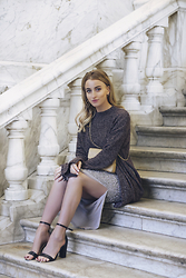 Noor G. - Weekday Sweater, River Island Skirt, Chanel Bag, Boohoo Heels - THE CHRISTMAS DRESSING GUIDE PART 1