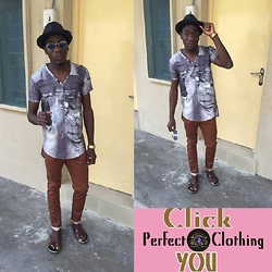 Lukmon Awolesi - Perfect Clothing V Neck - This life is what you make it