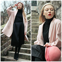 Iris H. - Zara Black Turtleneck Shirt, 2nd Hand Pink Coat, United Colors Of Benetton Black Skirt, Zara Heels, 2nd Hand Hat - MARY POPPINS