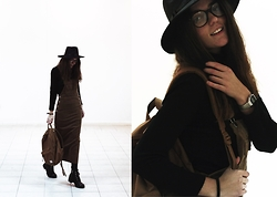 Anna Litichenko - Herschel Backpack, Dealsale Hat, Skirt Jumpsuit - STRANGELOVE