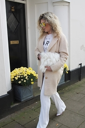 Sarah Tippett - Coast Cocoon Coat, River Island Slogan Vest, Zara Wide Leg Trousers, Missguided Holographic Shoes, Story Of Lola Faux Fur Oversized Clutch, Quay Sunglasses Yellow Mirrored - Winter Luxe