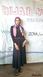 Diyah Diqo - 3tone Pasminah, Black Longdress Sleeveless, Black Shirt, Mini Black Belt, Black Plastic Wedges - You can have any color as long as it's black