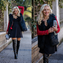 Eleonora Petrella - Elvio Zanon Ovr The Knee Boots - How to style over the knee boots!