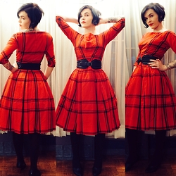 Whitney George - Gigi Of New York 1950s Vintage Plaid Dress, Comptoir Des Cotonniers Black Leather Waist Belt, Corso Como Classic Black Heels - Wrapping Paper