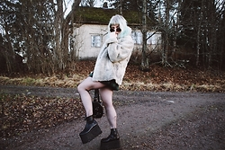 Thelma Malna - Zerouv Sunglasses, 2nd Hand Jacket, American Apparel Skirt, Dolls Kill Backpack, Current Mood Platform Boots - MERRY CHRISTMAS