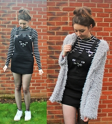 Nichola Rose - Romwe Pinafore, Shein Coat, H&M Crop Top - CATS AND FLUFF