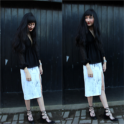 Rachel Oliver - Asos Skirt, Zara Shoes - Cracked
