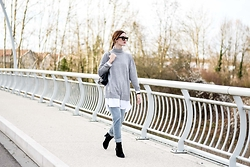 Laugh of Artist - Asos Pull, Asos Blouse, Texto Boots, Cheap Monday Pants - Oversize blouse