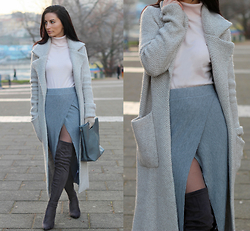 LOOK DU JOUR BY ANA - Zara Grey Knit Coat, Jennyfer Turtleneck Sweater, Asos Grey Wrap Skirt, Public Desire Dark Grey Over Knee Boots, Charles & Keith Grey Tote Clutch Bag, Primark Light Grey Gloves, New Look Grey See Through Tights - STAY WARM LADIES !