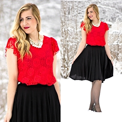 Rachel @Rachel's Lookbook - Vintage Dress, Happiness Boutique Pearl Cluster Necklace, H&M Skirt, Dsw Heels - Holiday Style