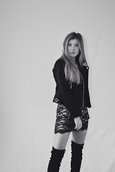 Catherine - Zara Leather Jacket, Misguided Dress, Ego Knee High Boots - Ultimate Vegas Outfit