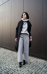 Kat I. - Backstage Coat, Oasap Sweater, Joanna Jachowicz Pants, Cluse Watch, Zara Shoes - Mf/123115
