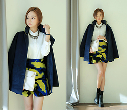 Saea Eom - Woolen Coat, White Shirts, Leopard Pattern Skirt, Black Socks, Black Bottie, Cooper Necklace, White Clutch - Today's feminine