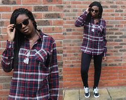 Adeola A. - Forever 21 Shirt, Topshop Joni Jeans, Vans, Quay Sunglasses - Tom Boy Looks