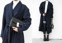 Visa Lom - Shein Navy Lapel Coat, Shein Turtleneck, Shein Ripped Skinny Jeans - In The Navy