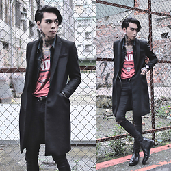 IVAN Chang - Asos Superskinnyjeans, Asos Boots, Zara Vintage Over Coat, Vintage Jacket, Klasse14 Watch - 040116 TODAY STYLE