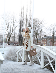 Anna Wiklund - By Malene Birger Scarf, Paul & Joe Coat, Lost Without You Beanie, Michael Kors Bag - WINTER FAIRYTALE