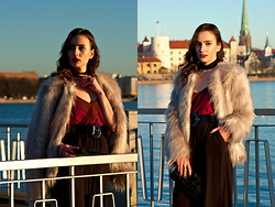 Anna Puzova - H&M Fur Coat, Marks & Spencer Top, H&M Pants - Follow the Wind