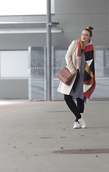 Jules - H&M Earrings, Zara Scarf, United Colors Of Benetton Coat, Zara Top, Mango Leggings, H&M Sneakers - All you need is a Statement