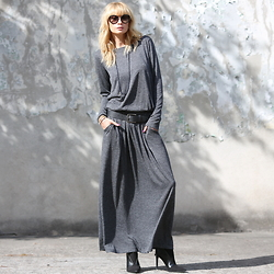 Daggi Str - Candy Floss Maxi Dress, Rock&Republic Leather Belt, Zara High Heels, Prada Sunnies - Cozy grey