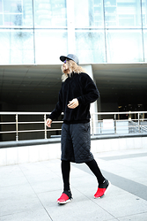 INWON LEE - Top T Shirts, Y3 Shoes - Attitude