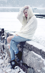 Sotzie Q - Dresslink Ripped Jeans, Second Hand White Knitted Jumper - Born to endure this kind of weather