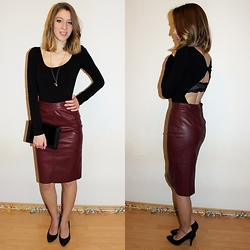 Enikő S. - Intimissimi Open Back Long Sleeved Dress, Stradivarius Leather Pencil Skirt, Intimissimi Lace Bralette, Zara High Heels, Parfois Leather And Fur Clutch - All the good things