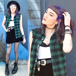 Kaicee Clare - Dr. Martens Jadon, Asos Western Belt, Asos Sleeveless Flannel, Asos Fedora - Distances We Don't Care To Walk