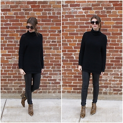 Tracie Marie - Sam Edelman Cheetah Boots, H&M Sweater, H&M Faux Leather Leggings - Stuck in the Middle with You