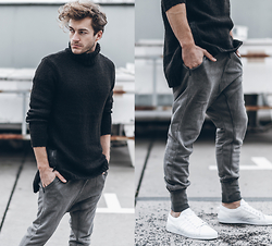 Klemens - H&M Sweater, H&M Pants, Adidas Sneakers - BLACK POLO