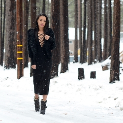 Charlene G. - Reformation Lace Up Dress, Burberry Boots, Marc Jacobs Fur Jacket - Let It Snow
