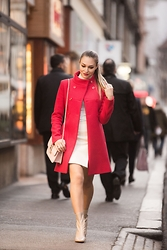 Sonja Kovac - Liu Jo Coat, Pinko Skirt, Valentino Bag, Zara Boots - RED COAT AND THE CITY