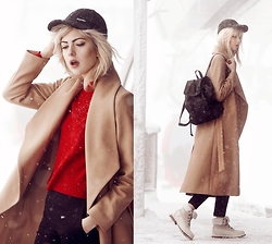 Ebba Zingmark - Halluber Coat, Halluber Top, Reval Denim Guild Pants, Eisbär Cap, Esprit Backpack, Timberland Shoes - The snow is whispering