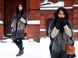 Anne M - Zara Cape, H&M Mittens - THE CAPE